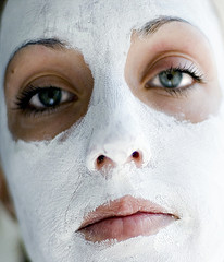 skin discoloration from acne